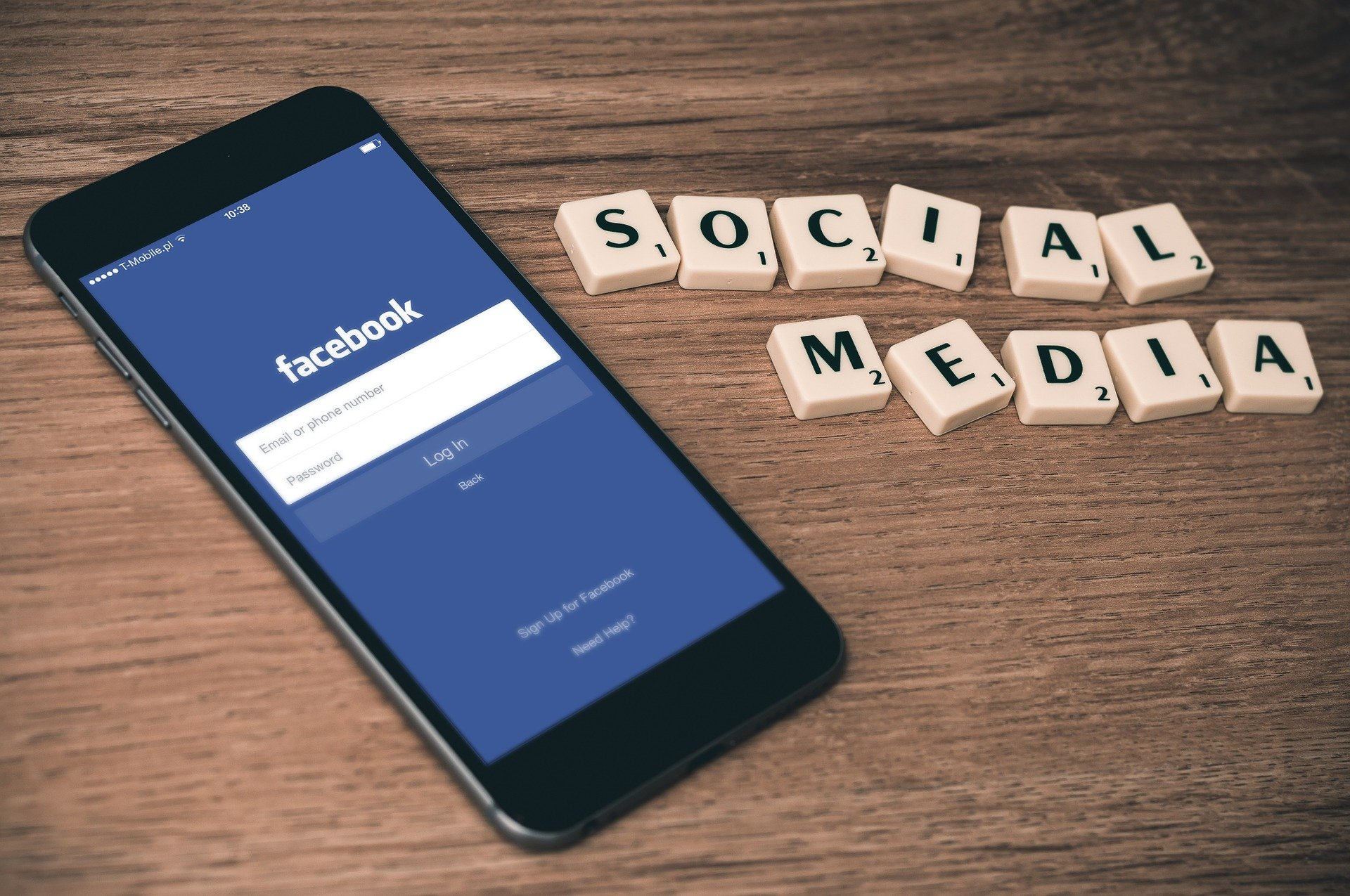 Are Facebook Likes Can Improve The Performance Of Your Post?